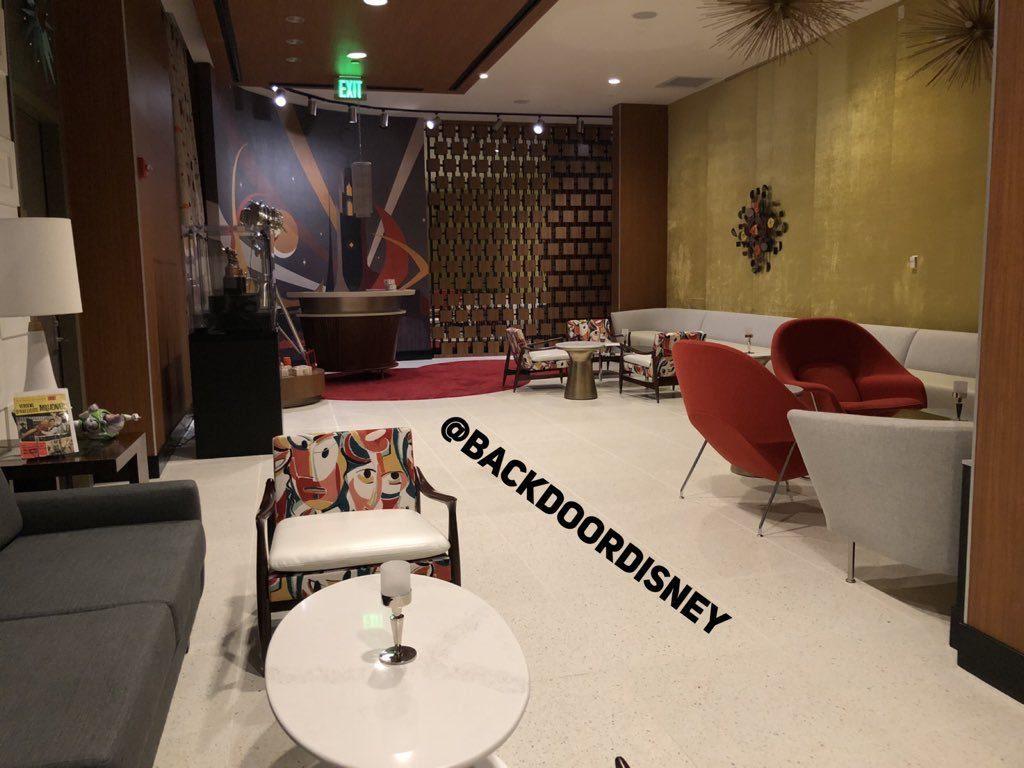 club 33 spotlight lounge