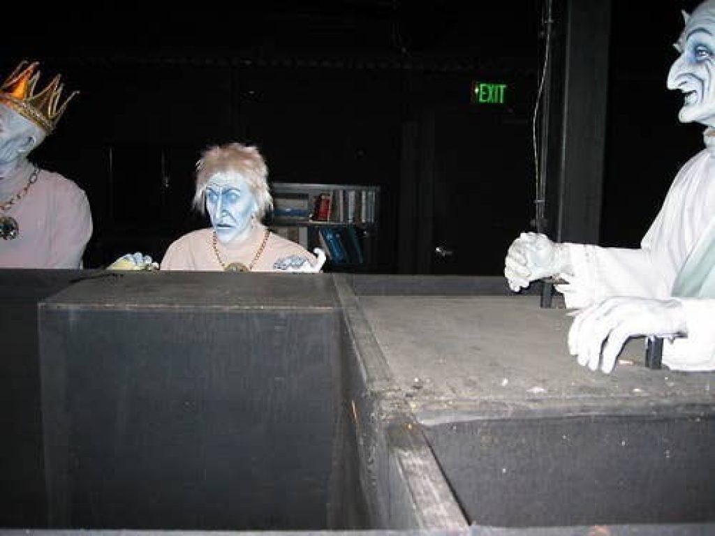 haunted mansion ballroom4